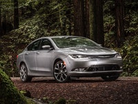 Chrysler 200 Reviews
