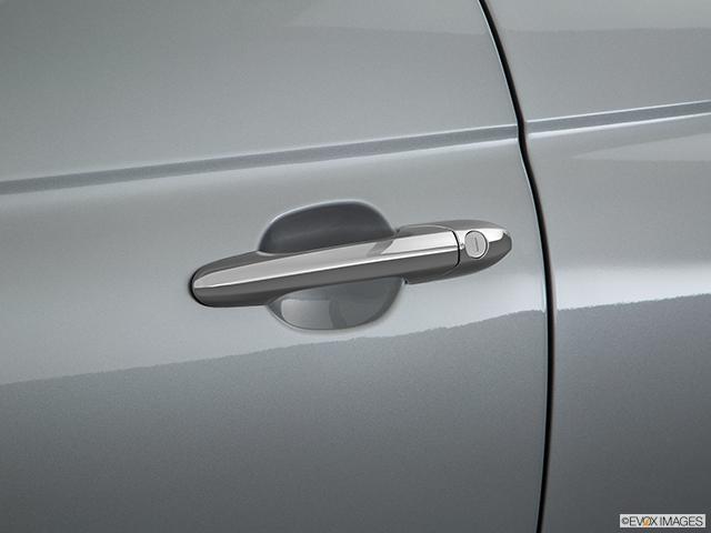 2017 FIAT 500e Drivers Side Door handle