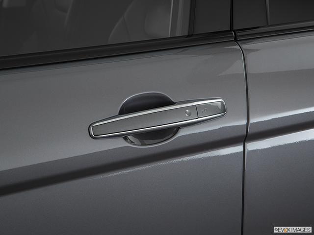 2017 Land Rover Range Rover Evoque Drivers Side Door handle