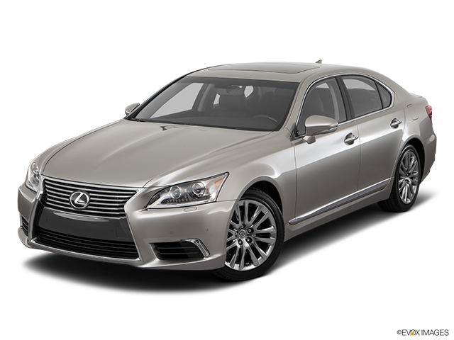 2017 Lexus LS 460 Front angle view