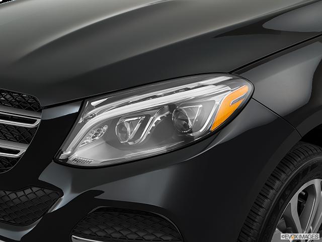 2017 Mercedes-Benz GLE Drivers Side Headlight