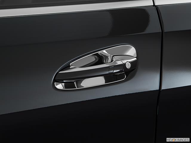 2017 Mercedes-Benz GLE Drivers Side Door handle