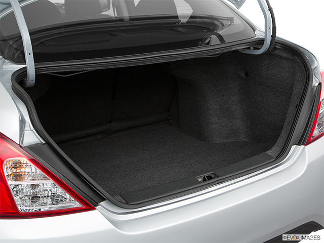2017 Nissan Versa Trunk open