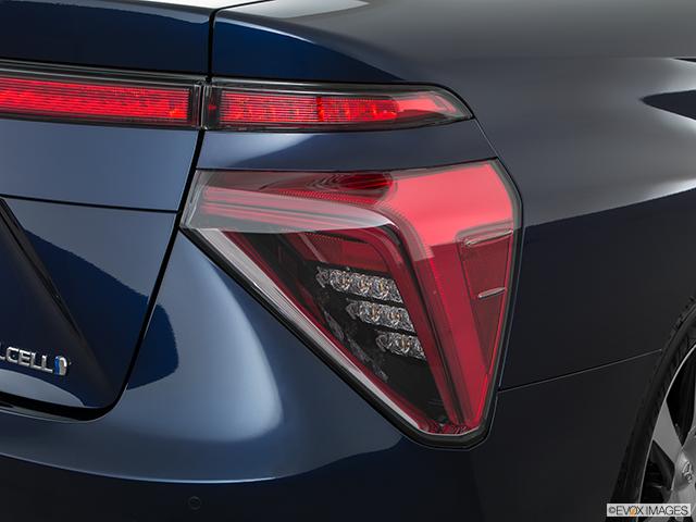 2017 Toyota Mirai Passenger Side Taillight