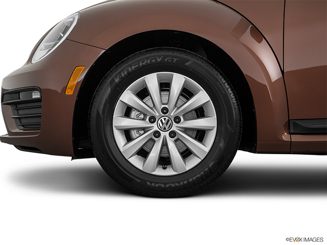 2017 Volkswagen Beetle Front Drivers side wheel at profile