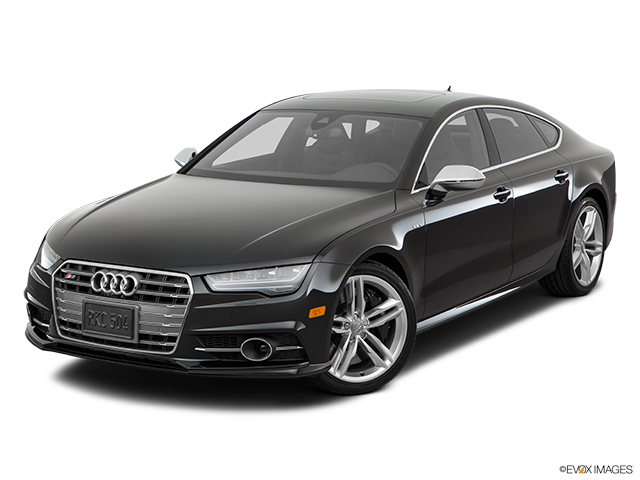2018 Audi S7 Front angle view