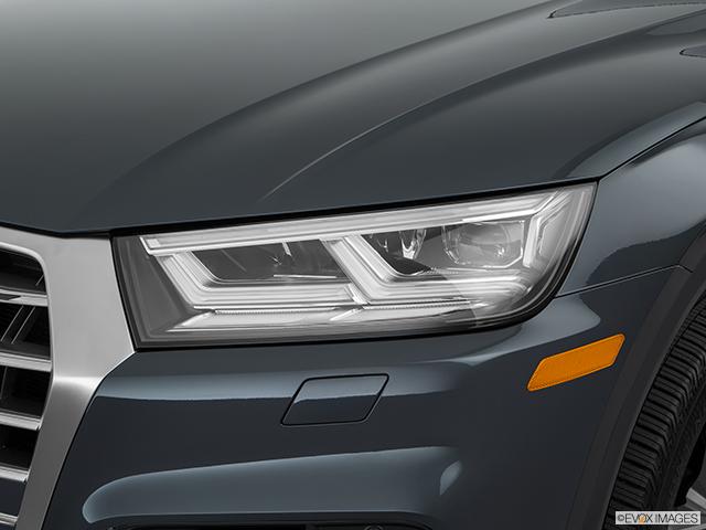 2018 Audi SQ5 Drivers Side Headlight