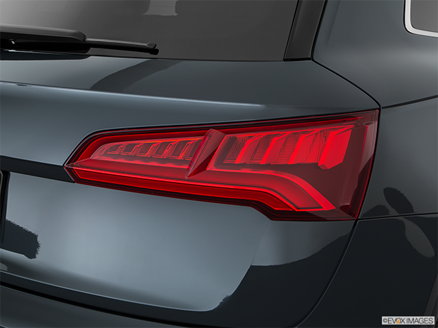 2018 Audi SQ5 Passenger Side Taillight