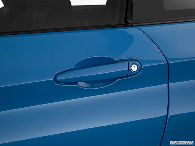 2018 BMW M4 Drivers Side Door handle