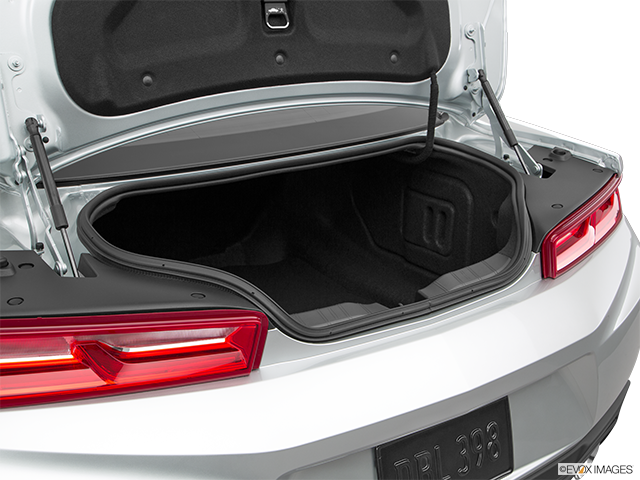 2018 Chevrolet Camaro Trunk open