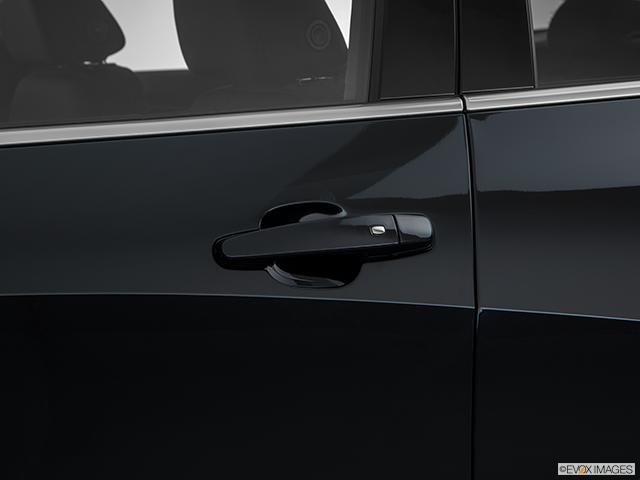 2018 Chevrolet Malibu Drivers Side Door handle