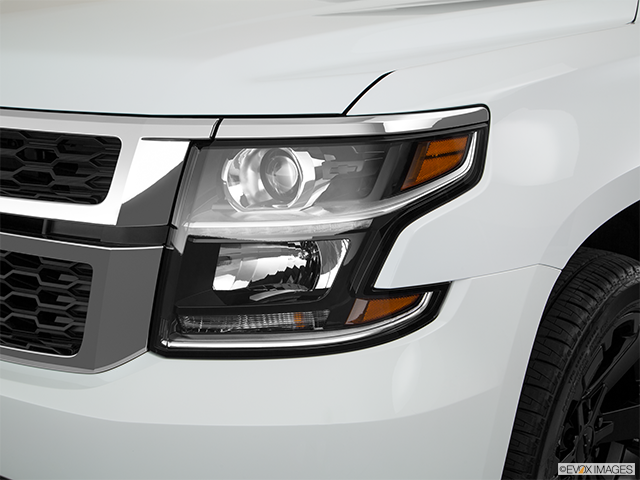 2018 Chevrolet Tahoe Drivers Side Headlight