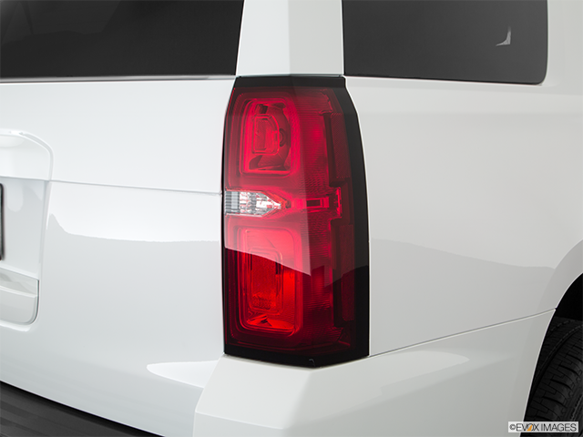 2018 Chevrolet Tahoe Passenger Side Taillight