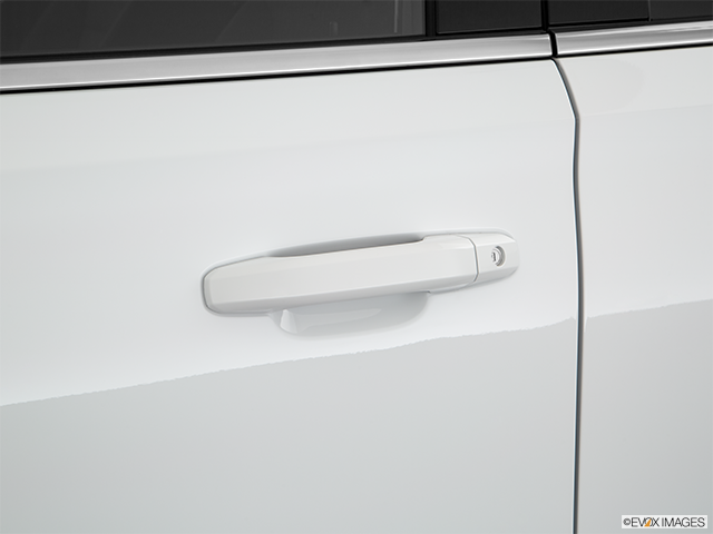 2018 Chevrolet Tahoe Drivers Side Door handle