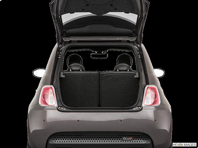 2018 FIAT 500e Trunk open