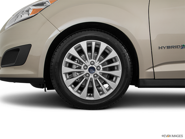 2018 Ford C-MAX Hybrid Front Drivers side wheel at profile