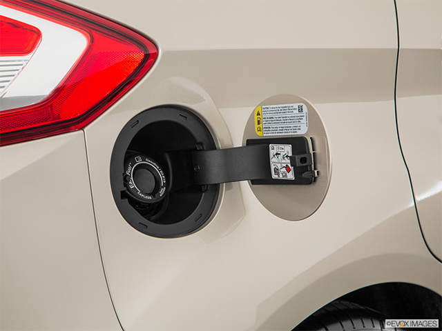 2018 Ford C-MAX Hybrid Gas cap open