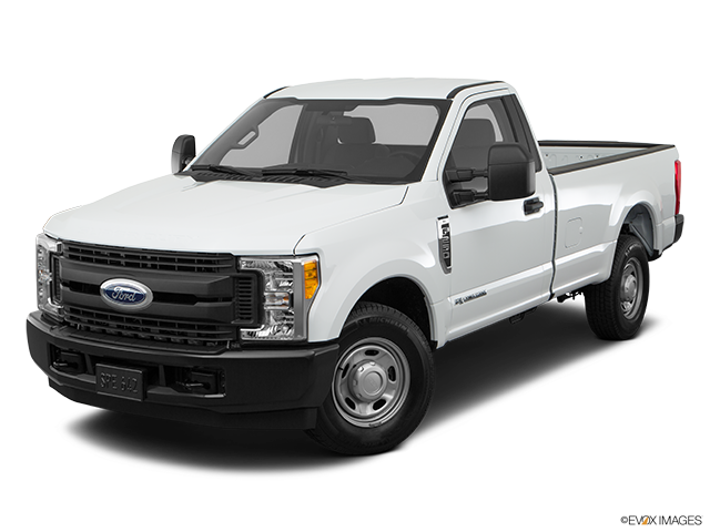 2018 Ford F-250 Super Duty Front angle view