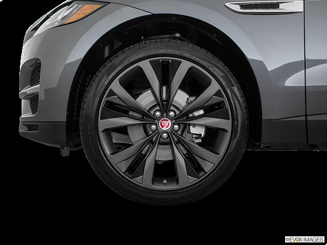2018 Jaguar F-PACE Front Drivers side wheel at profile