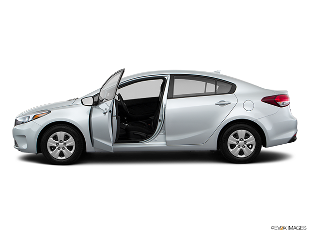 2018 Kia Forte Driver's side profile with drivers side door open