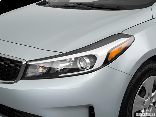 2018 Kia Forte Drivers Side Headlight