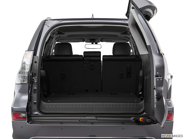 2018 Lexus GX 460 Trunk open
