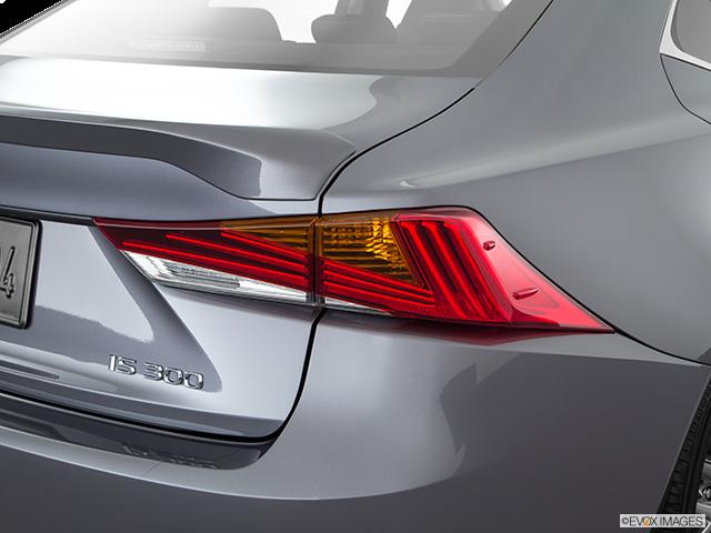 2018 Lexus IS 300 Passenger Side Taillight