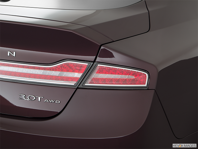 2018 Lincoln MKZ Passenger Side Taillight