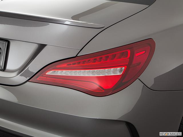 2018 Mercedes-Benz CLA Passenger Side Taillight