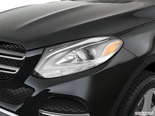 2018 Mercedes-Benz GLE Drivers Side Headlight