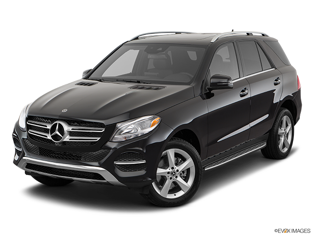 2018 Mercedes-Benz GLE Front angle view