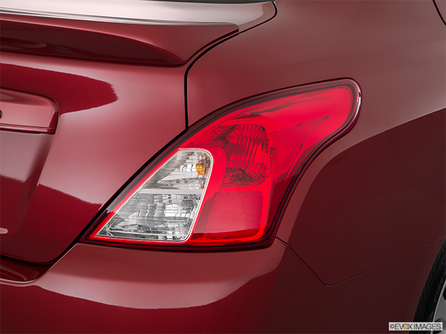 2018 Nissan Versa Passenger Side Taillight