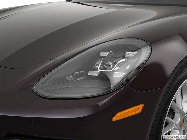 2018 Porsche Panamera Drivers Side Headlight