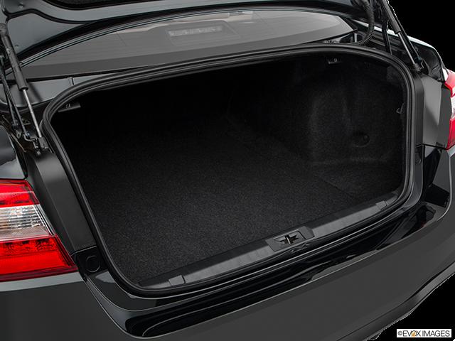2018 Subaru Legacy Trunk open