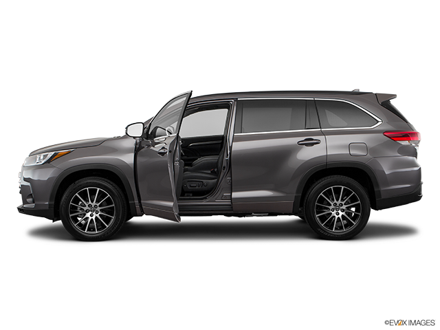2018 Toyota Highlander Driver's side profile with drivers side door open