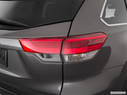 2018 Toyota Highlander Passenger Side Taillight