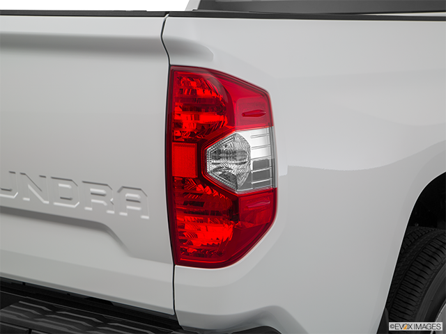 2018 Toyota Tundra Passenger Side Taillight