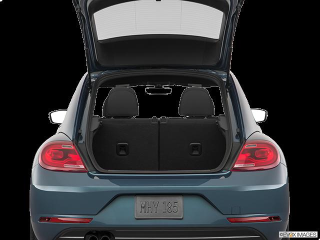 2018 Volkswagen Beetle Trunk open
