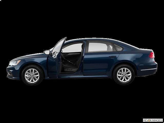 2018 Volkswagen Passat Driver's side profile with drivers side door open
