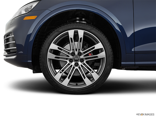 2019 Audi SQ5 Front Drivers side wheel at profile
