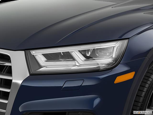 2019 Audi SQ5 Drivers Side Headlight