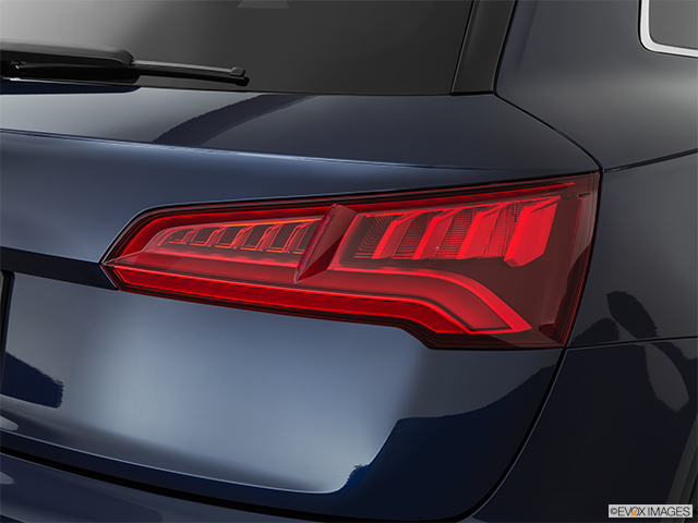 2019 Audi SQ5 Passenger Side Taillight