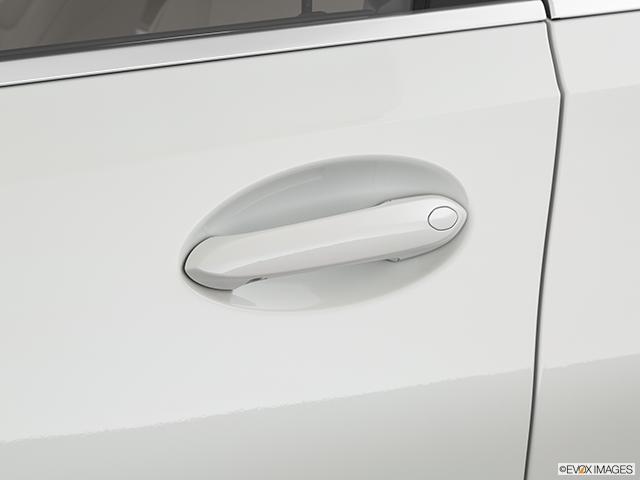 2019 BMW 3 Series Drivers Side Door handle