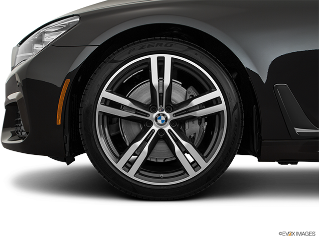 2019 BMW 7 Series Front Drivers side wheel at profile