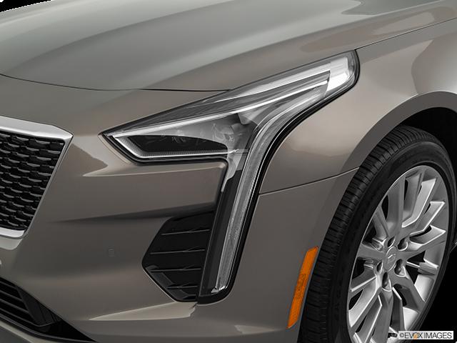 2019 Cadillac CT6 Drivers Side Headlight