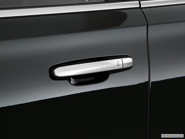 2019 Cadillac Escalade Drivers Side Door handle