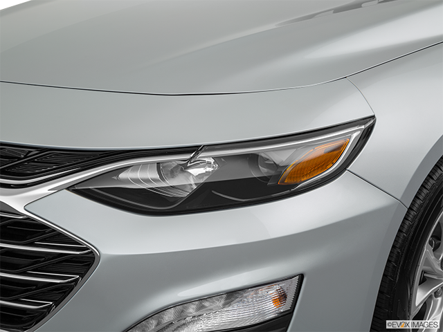 2019 Chevrolet Malibu Drivers Side Headlight