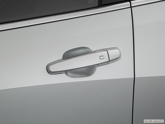 2019 Chevrolet Malibu Drivers Side Door handle