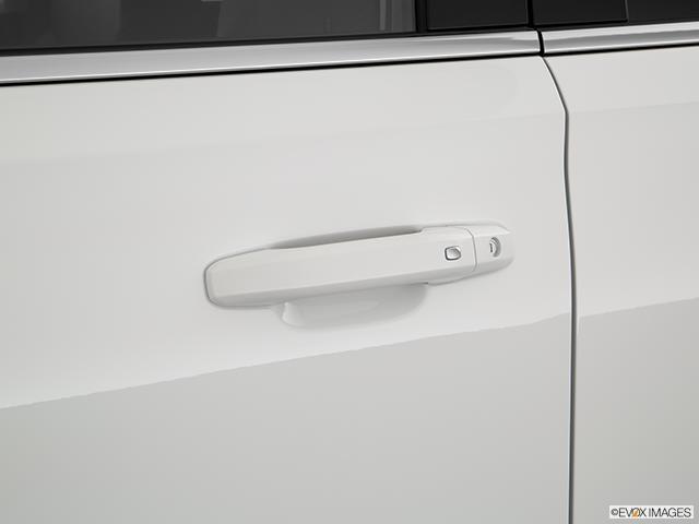 2019 Chevrolet Tahoe Drivers Side Door handle