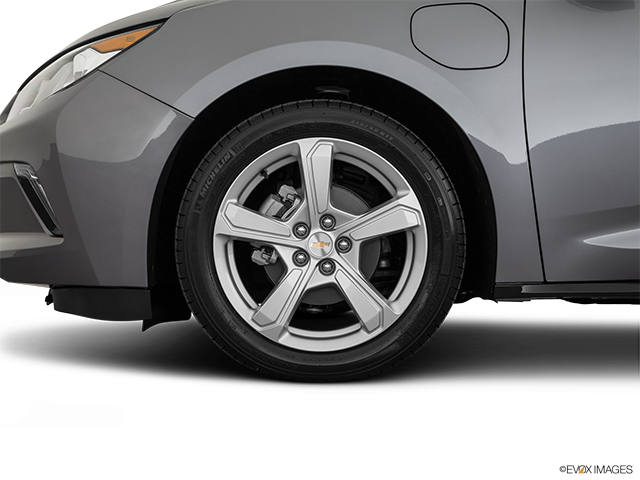 2019 Chevrolet Volt Front Drivers side wheel at profile